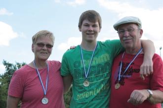 VM Tête 2012: Hella (Silber), Milan (Gold), Charles (Bronze)